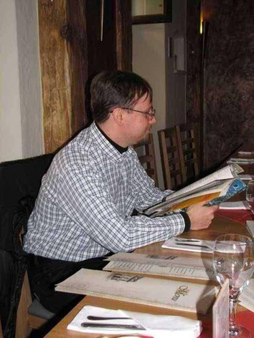 Tomcich się pogubił i publicystykę na przystawkę chciał zamówić